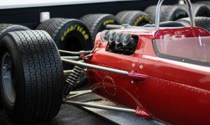 Niki Lauda nedávno zemřel, žít navěky bude díky svým činům a filmu Rivalové