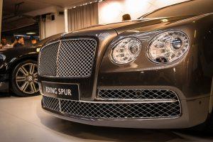 Bentley představuje nový model. Bude zatáčet i zadními koly