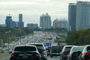 Jedete do Kanady? Přinášíme několik zajímavostí pro české řidiče