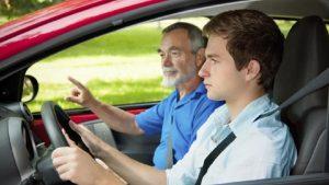 Řídit neznamená řádit aneb za volant jen s řidičákem!