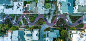 Víte, jak se máte chovat s automobilem v obytné zóně?