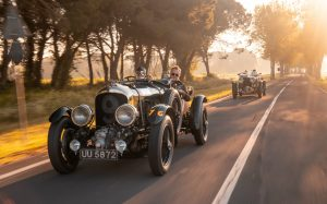 Bentley vyrobí dvanáct kusů legendárního vozu z roku 1928
