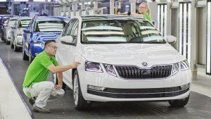 Proč je v České republice nejpopulárnější značkou Škoda?